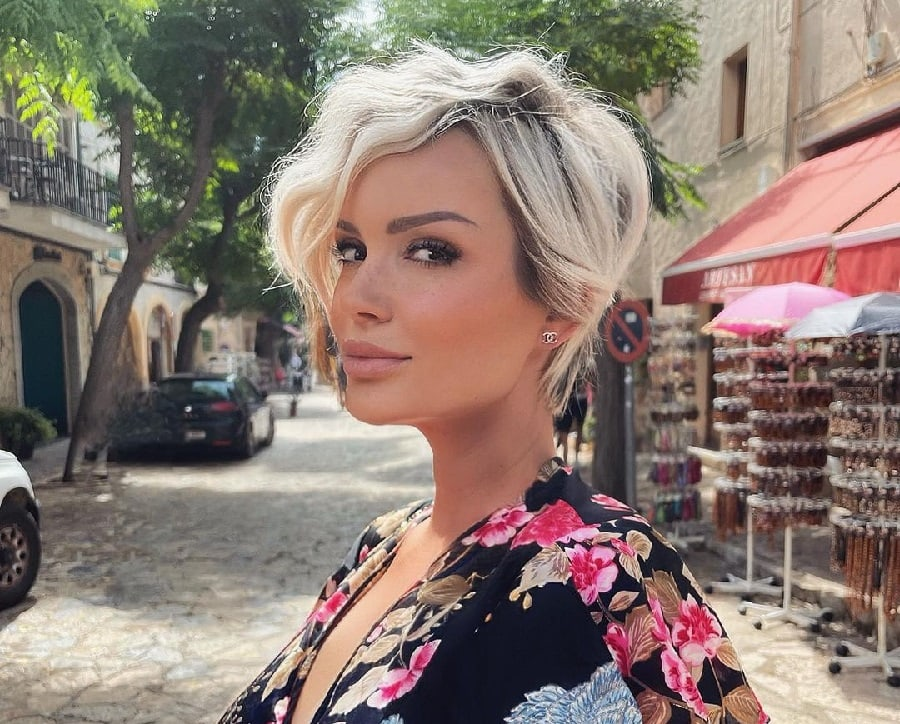 short blonde pixie cut for thick hair
