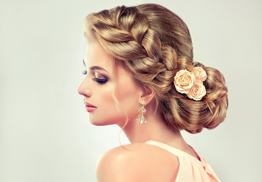 wedding bun for long blonde hair