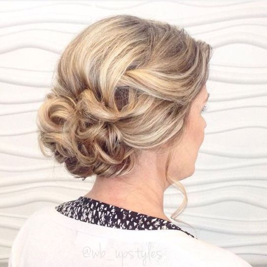 Medium Hairstyles for Mom