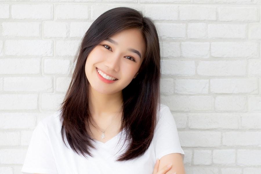 Asian straight medium hairstyle