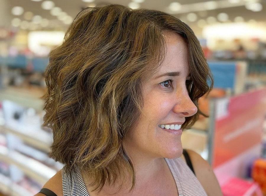 medium choppy bob haircut