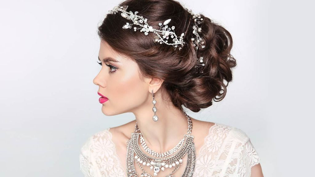 25 Breathtaking Wedding Hairstyles For Bridesmaids