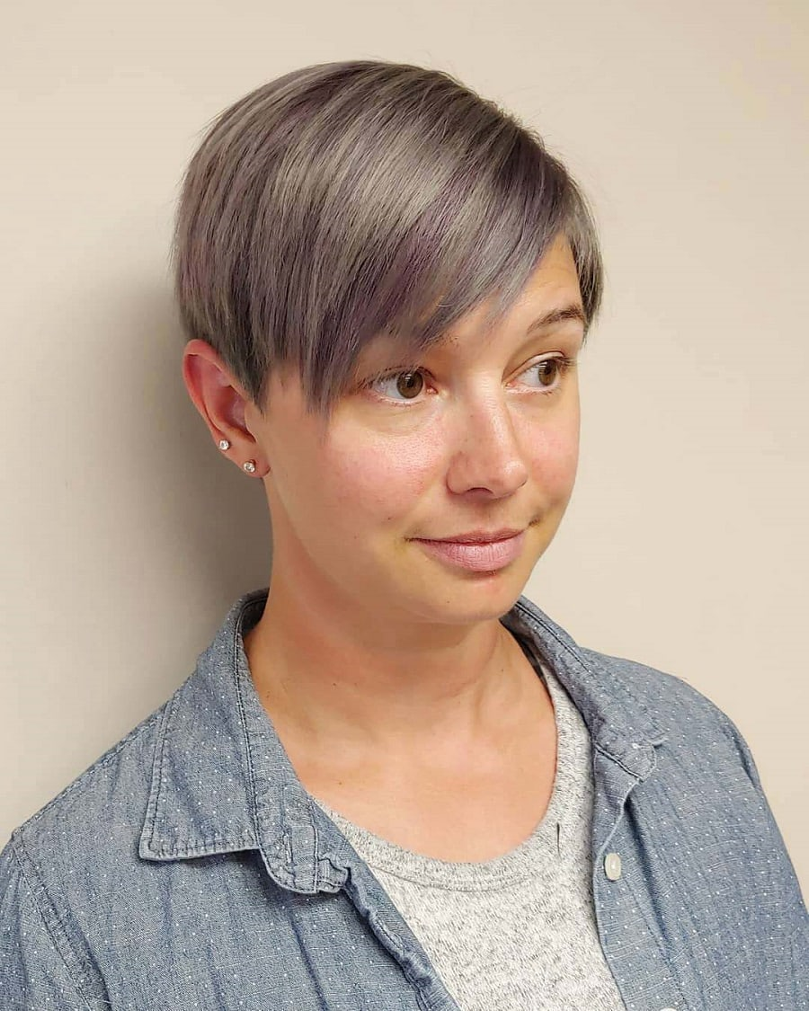 round face woman with grey pixie cut