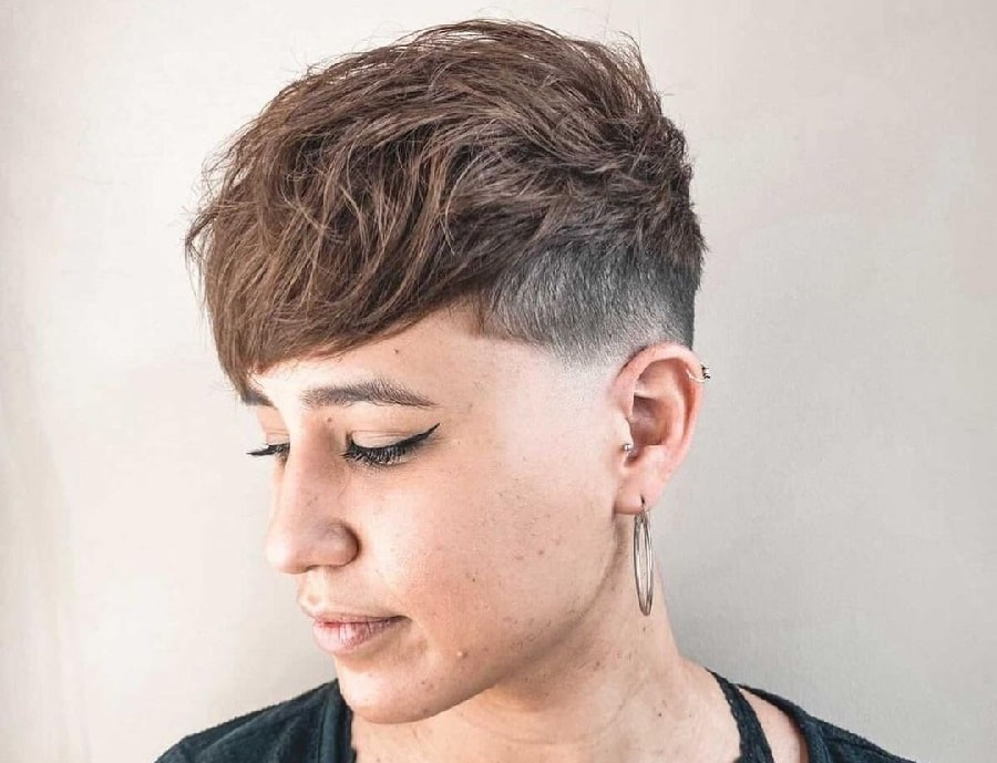 edgy pixie cut hairstyle for women