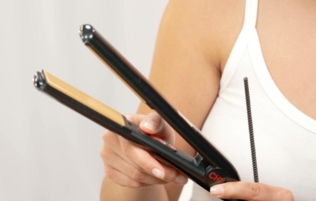 CHI PRO G2 Titanium Infused Ceramic Hair Straightener
