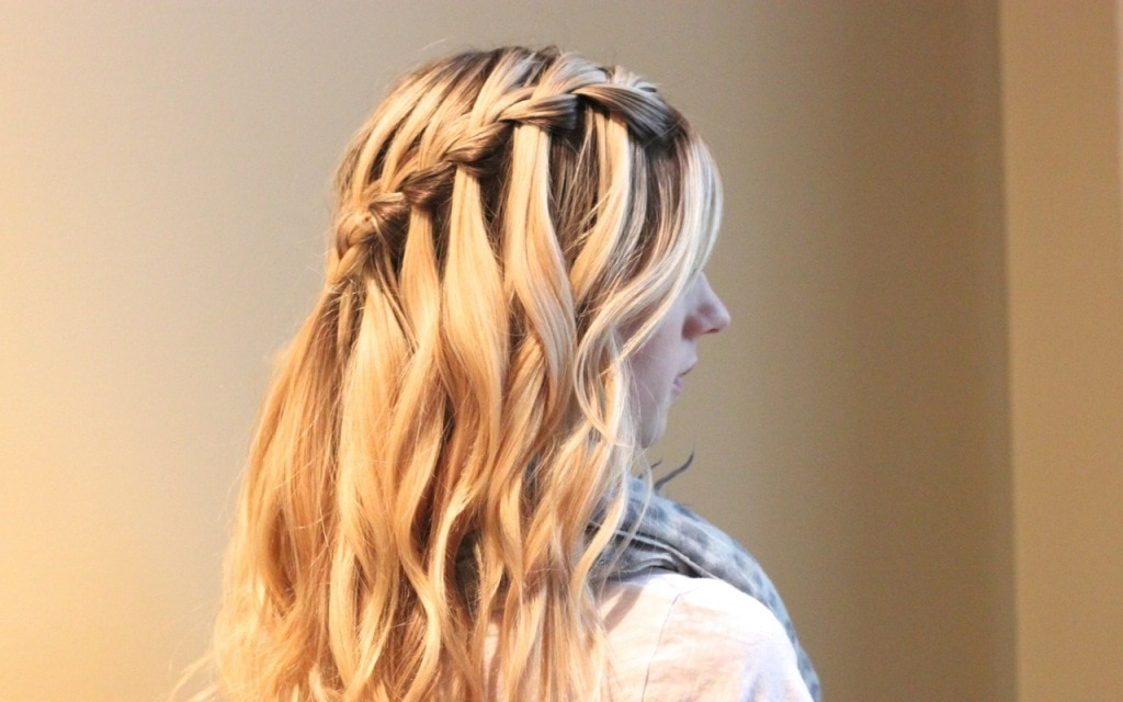 How to do a Waterfall Braid? Step by Step Guide