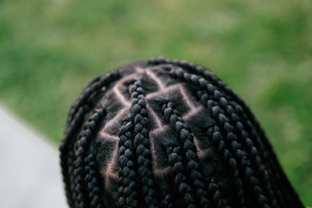 How to Do Knotless Braids