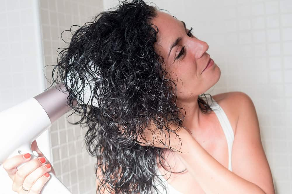 How to Use a Blow Dryer Diffuser on Curly Hair