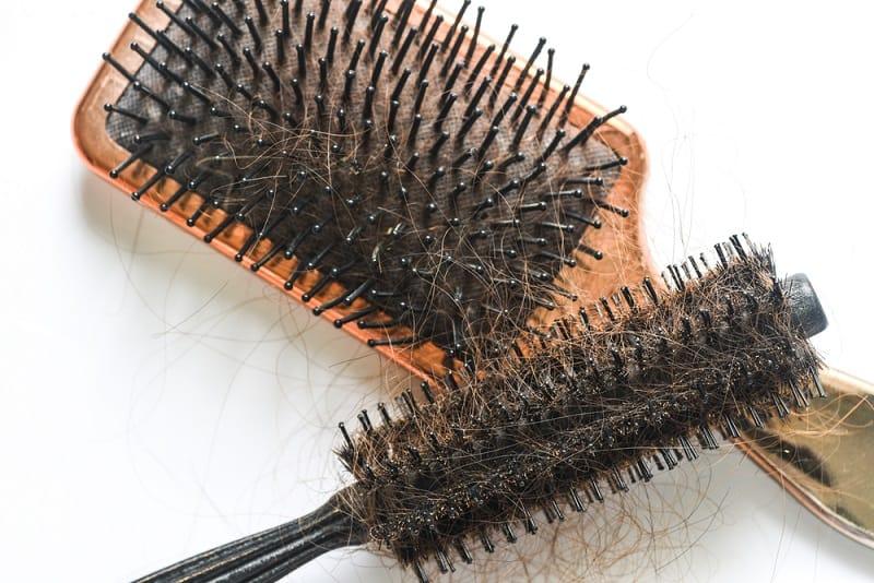 dirty hairbrush