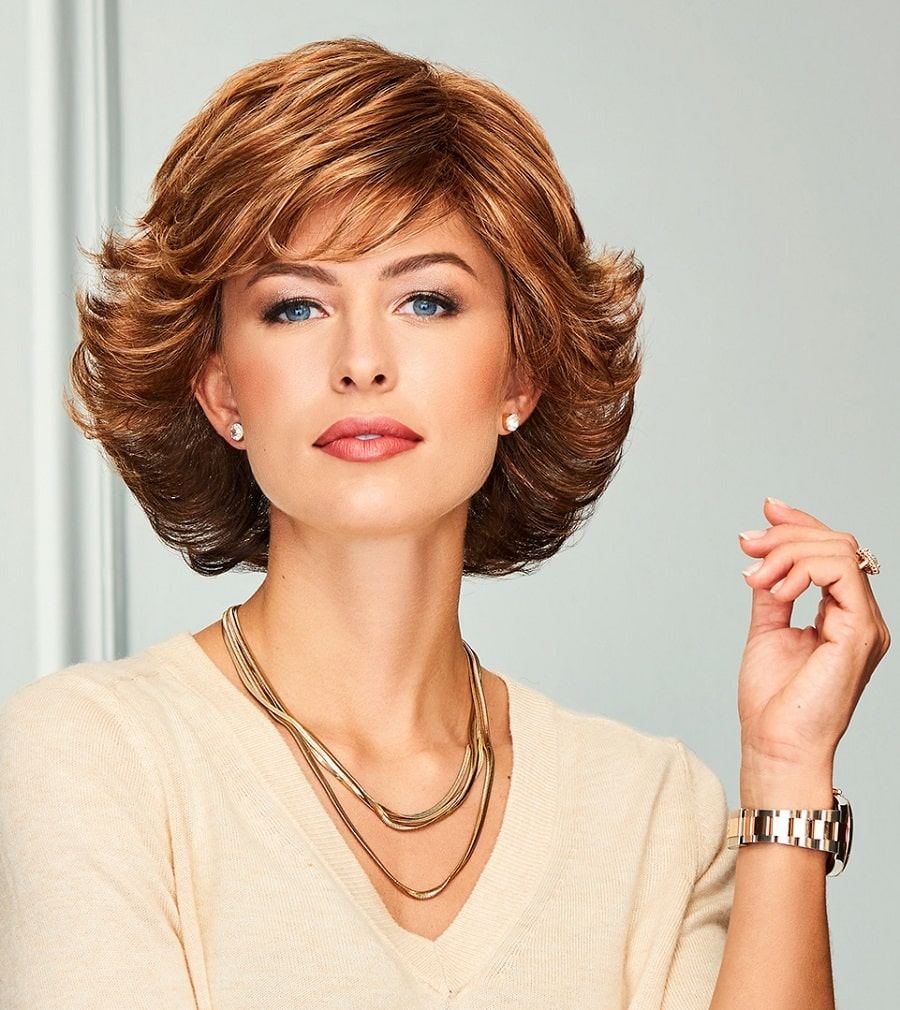 feathered blonde short hairstyle