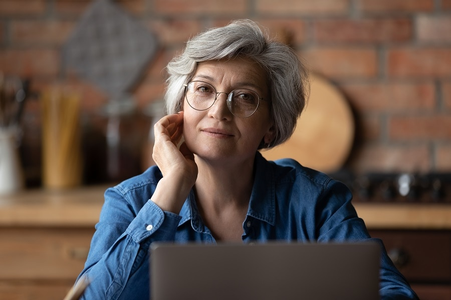short thick layered hair for older woman